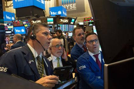 Wall Street drops more than 1 percent on Trump tariff comments