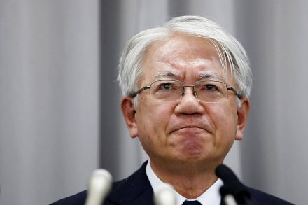 Kobe Steel CEO to quit amid data fraud scandal