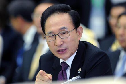 Former South Korean president Lee summoned over bribery allegations