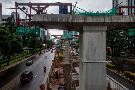 INDONESIA-CNSTRUCTION-ACCIDENT-ECONOMY-ASIAD-2018-070147.jpg