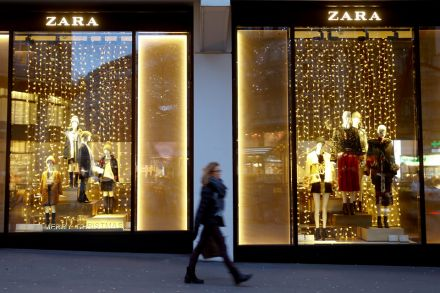 Inditex profits rise as online sales grow