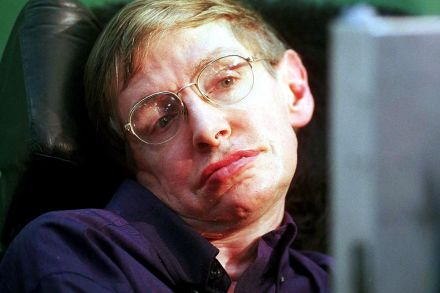 CORRECTION-FILES-INDIA-BRITAIN-DEATH-HAWKING-SCIENCE-104418.jpg