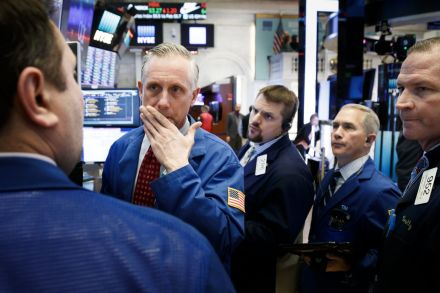 Dow sinks 500 points upon open as US, China issue new tariffs