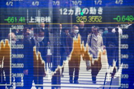 TOPSHOTS-TOPSHOT-JAPAN-STOCKS-MARKETS-120449.jpg