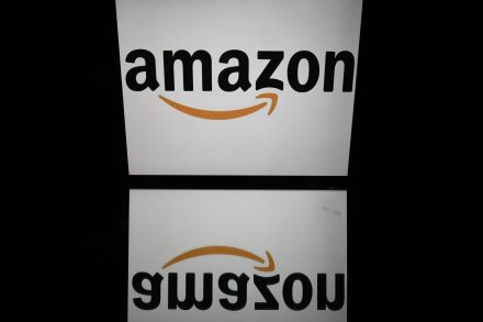FILES-US-INDIA-RETAIL-MERGER-AMAZON-FLIPART-174000.jpg