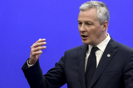 French minister warns Air France