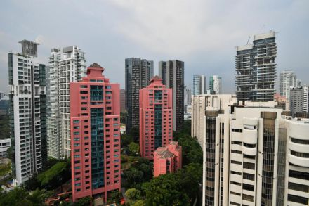 Leonie Gardens in District 9 goes en bloc with S 800m reserve price Lakeside Apartments at S 240m