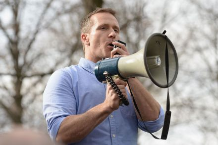 FILES-US-POLITICS-MISSOURI-GOVERNOR-RESIGNS-005459.jpg