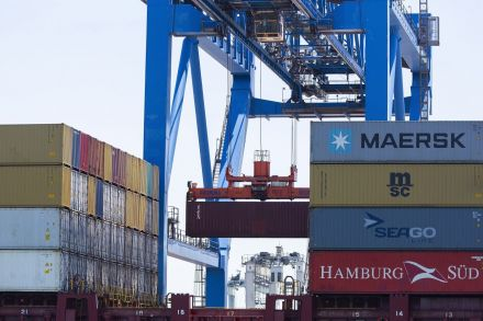 European exporters shift trade to avoid higher United States tariffs