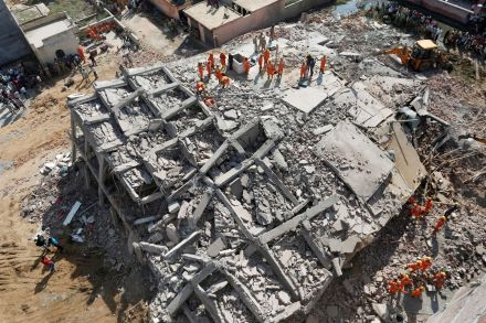 2018-07-18T132418Z_135718813_RC1D4A917170_RTRMADP_3_INDIA-BUILDING-COLLAPSE.JPG