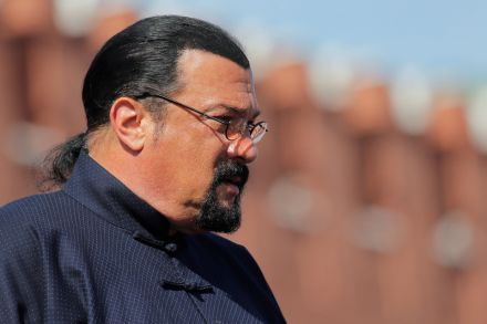 Seagal hopes to strive for peace as Russian Foreign Ministry's representative
