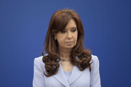 FILES-ARGENTINA-CORRUPTION-KIRCHNER-CHARGED-210451.jpg