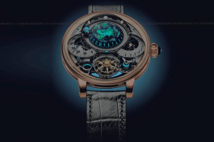 16-17_Watch_Folder-Links-An_incredibly_complex_astronomic_timepiece__Bovet_s_1822_Recital_22_Grand_Recital__is_the_grand_winner_of_GPHG_2018.jpg