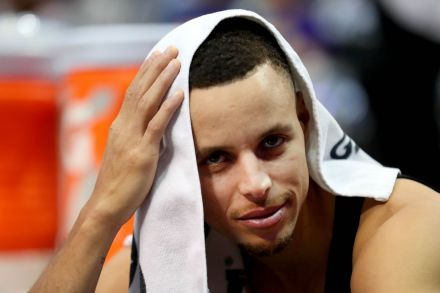 Warriors star Stephen Curry involved in minor vehicle  accident