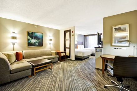 25-credit-at-Hyatt-House.jpg