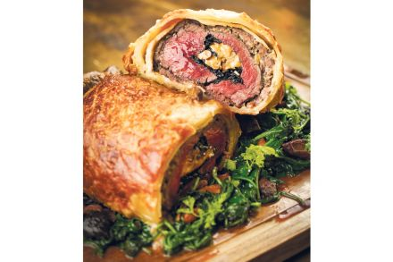 22-23_Food_Folder-Links-brg_beef_wellington1.jpg