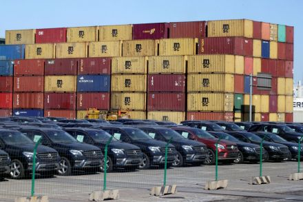 China to halt added tariffs on US-made cars in easing of