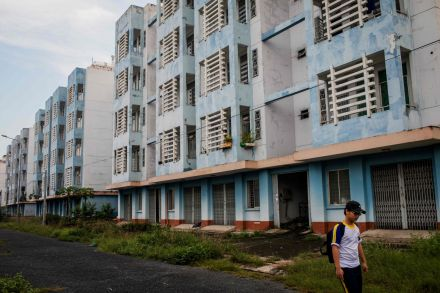 VIETNAM-URBAN-HOUSING-DEVELOPMENT-051456.jpg