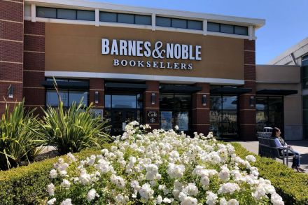 nwy_Barnes and noble_080619_31.jpg