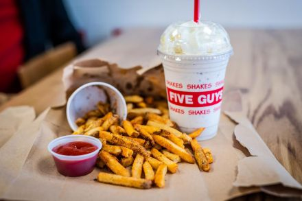 nwy_Five Guys_090719_50_2x.jpg