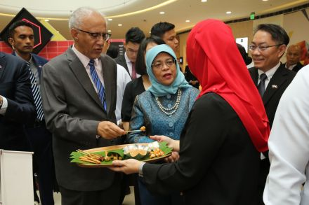 President Halimah with Jumain Sataysfaction at Singaporium Manila.JPG