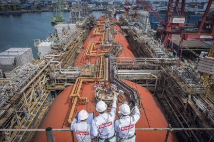Keppel Offshore & Marine O&M completed a converted floating liquefaction vessel in 2017 - KEPPEL CORP.jpg