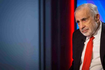Icahn sells US$600M Herbalife stake, gives up board seats