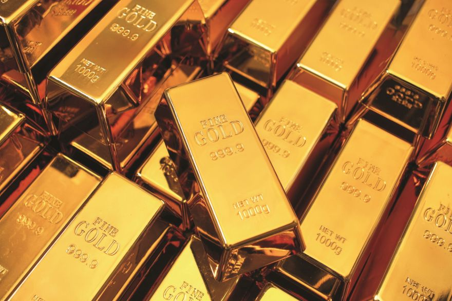 Gold becalmed as investors sit tight before ECB, US payrolls, Energy & Commodities - THE BUSINESS TIMES