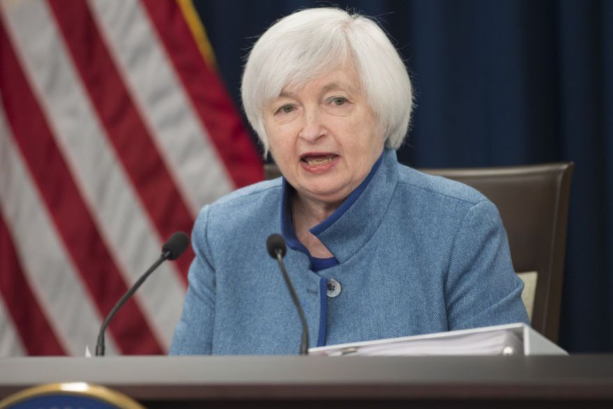 Fed's Yellen says global growth, fiscal policy key to outlook, Government & Economy