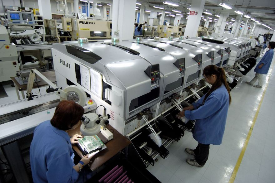 Singapore factory output up 6.7% y-o-y in April on electronics surge, Government & Economy - THE BUSINESS TIMES