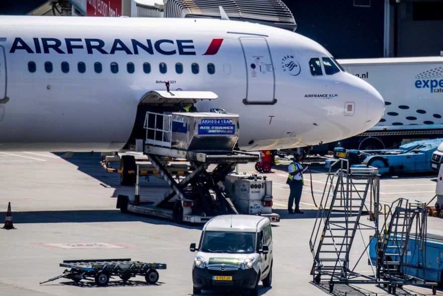 air france klm business report Air france klm is the combination of two big airlines such as air france and klm since their merger in 2004, klm works closely with air france within the air france klm holding company in terms of financial turnover, air france klm is the world's largest airline partnership it also transports.