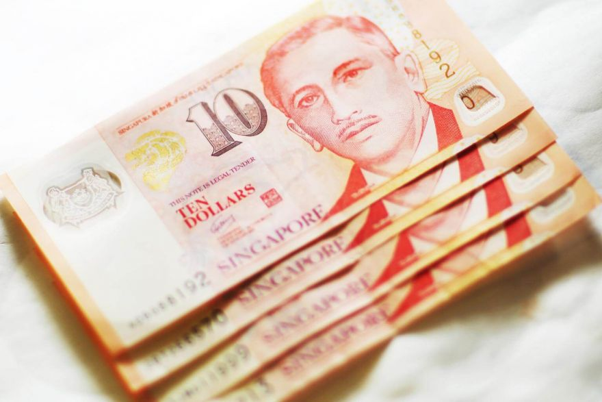 Weakness seen for Singapore dollar amid US-China trade war