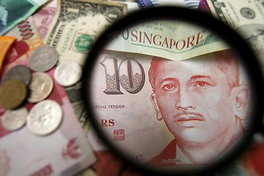 Pundits retain SGD's end-year forecast of 1.39-1.41 against