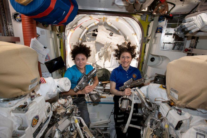 Картинки по запросу NASA Astronauts Complete All-Woman