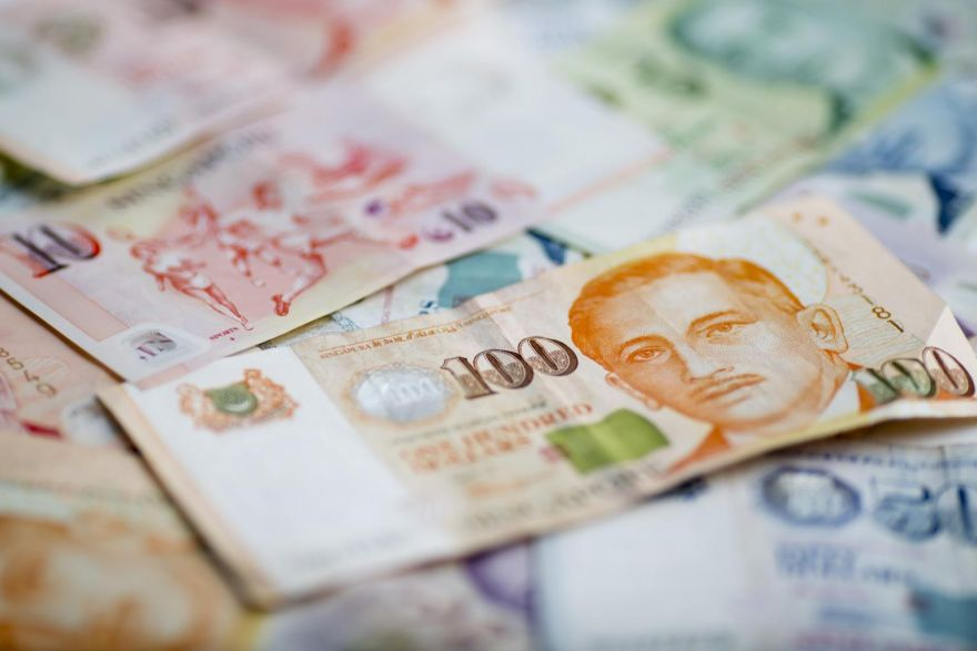 Sing dollar breaches 1.40 against USD as recession concerns grow