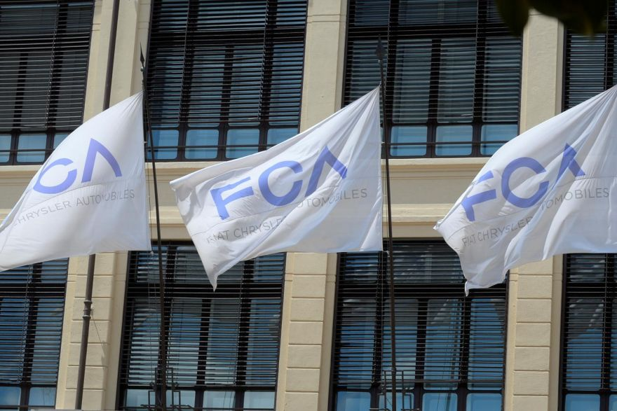 Fiat sticks by terms of PSA deal after dividend cut report ...