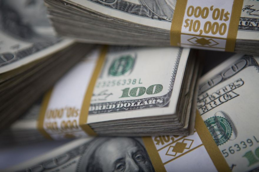 US dollar may continue fall, but impact on Singapore stocks unlikely to be major, Top Stories