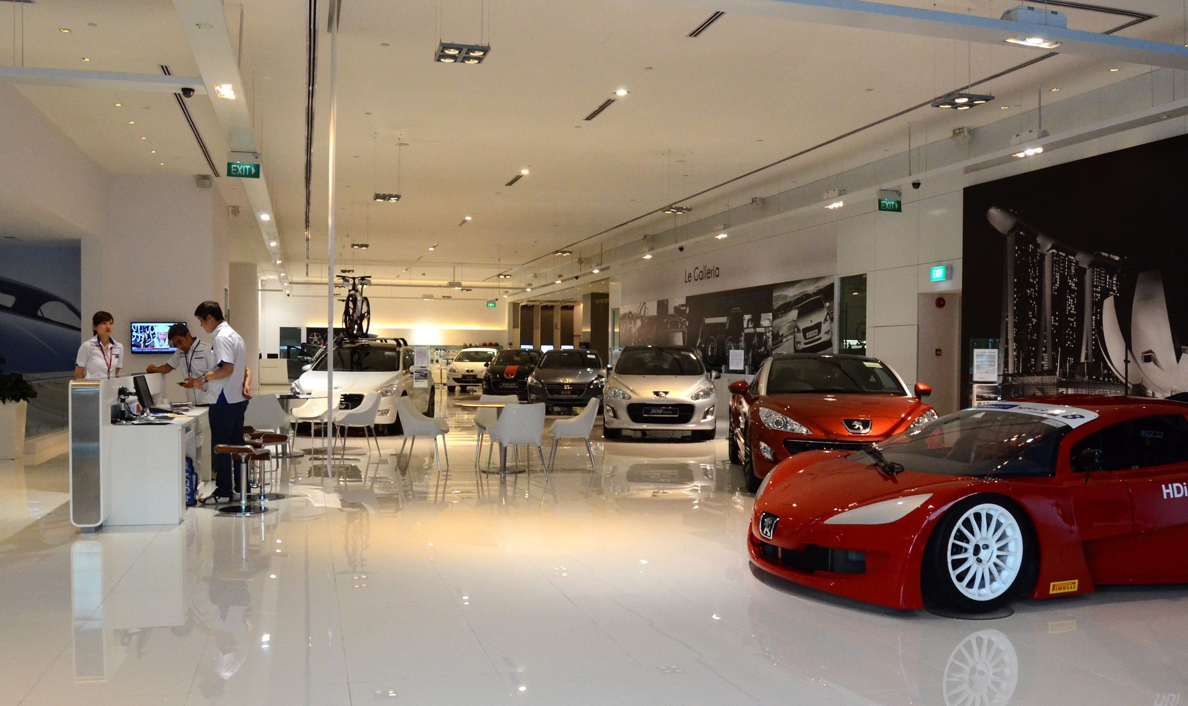 Image Gallery Luxury Car Dealers