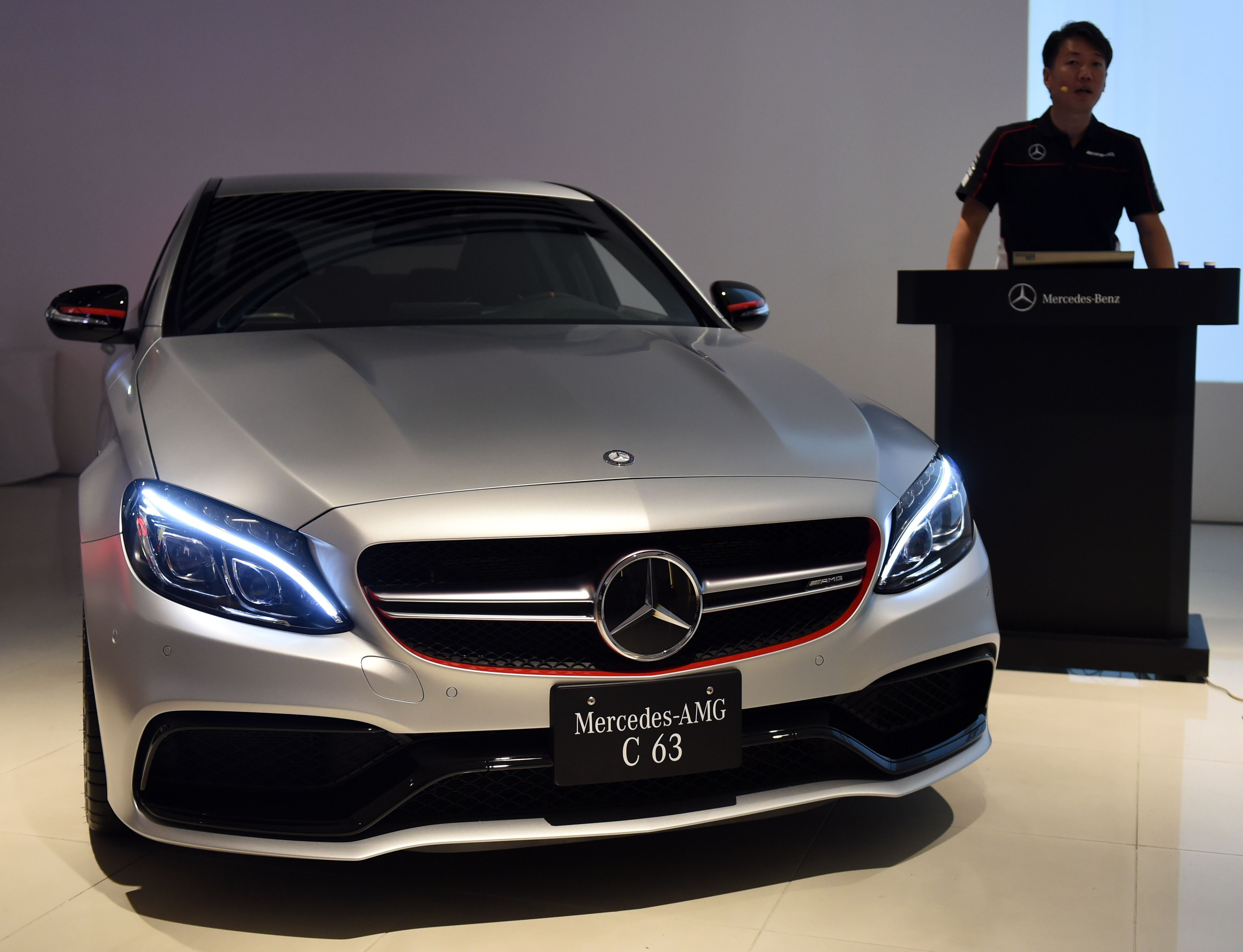 luxury car japan  Surging luxury car demand vaults Mercedes-Benz past Volkswagen in ...