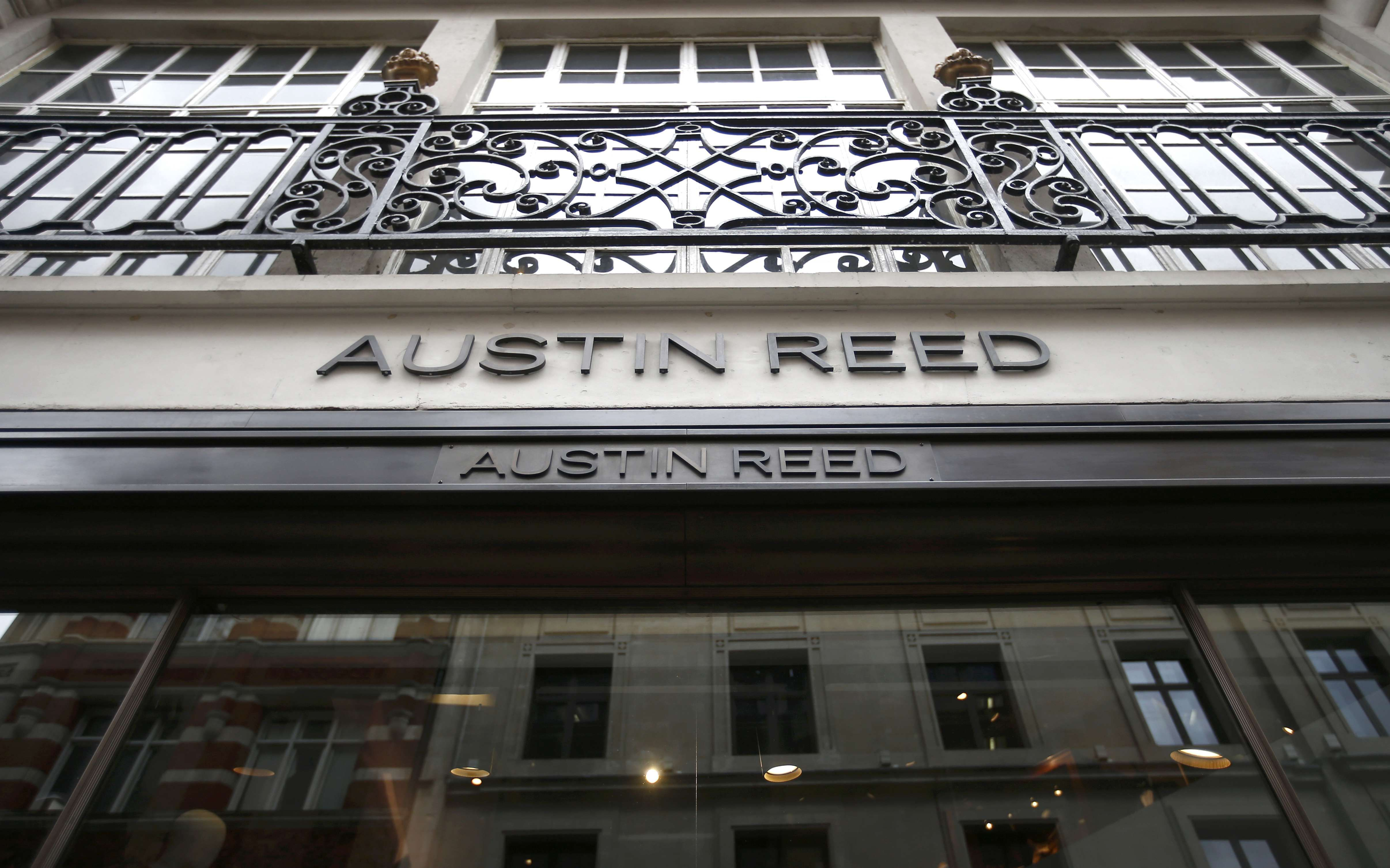 British Tailor Austin Reed Collapses With Loss Of 1 000 Jobs Consumer The Business Times