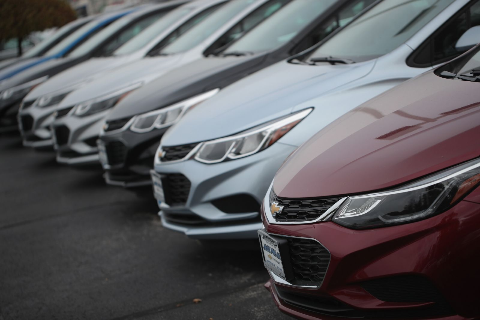 Australia new vehicle sales hit a record for 2016: Vfacts, Transport ...
