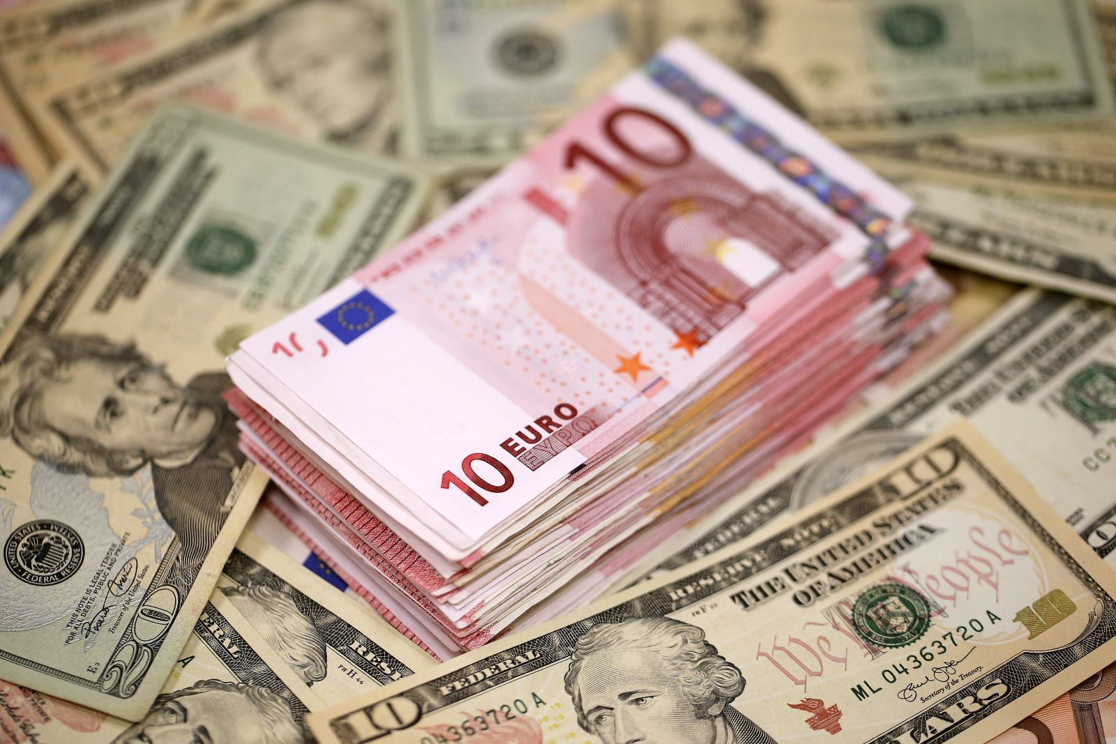 euro surges to 6 month high after data trump worries hit us dollar