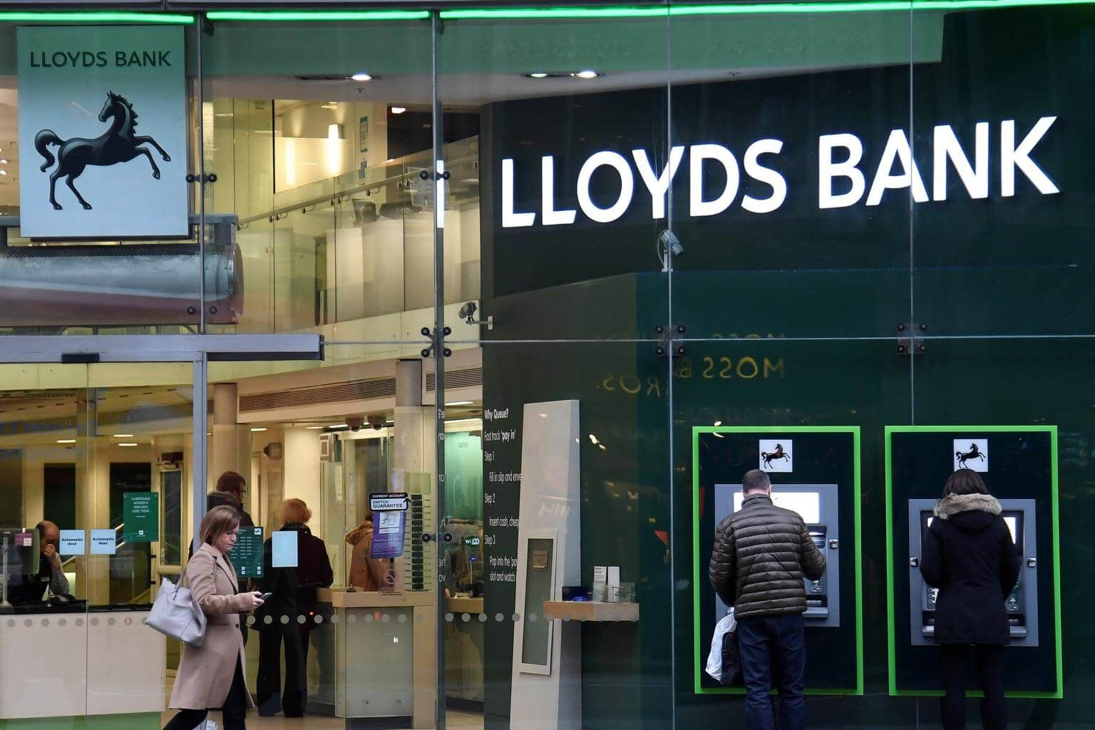 Lloyds Bank to ban credit card owners from buying cryptocurrencies ...
