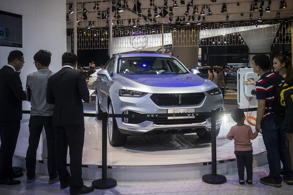 HK Bears Go Short On Chinese Automakers Transport THE BUSINESS TIMES - Exhibition car