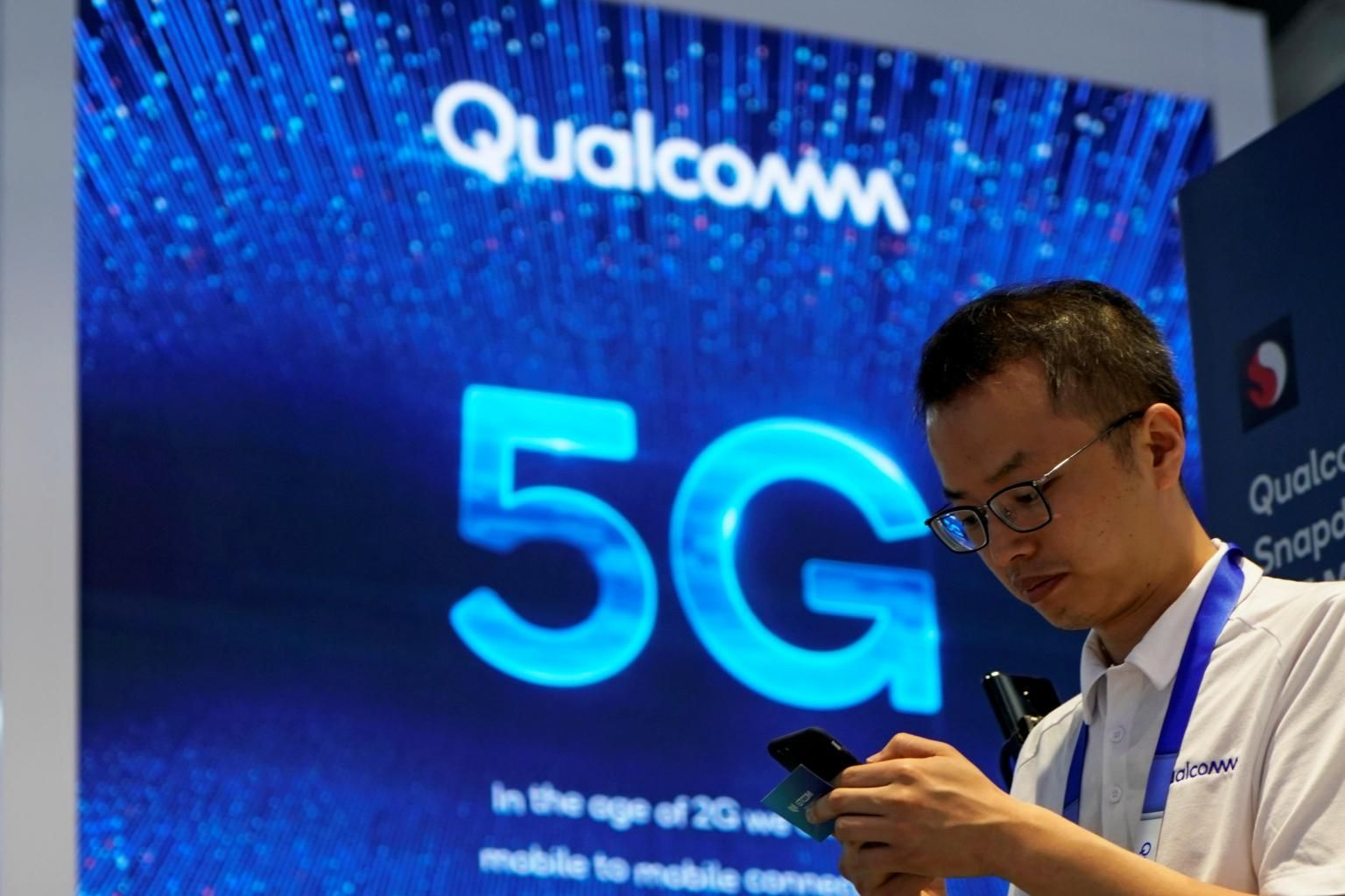 Qualcomm ramps up 5G smartphone and laptop bets, Technology - THE BUSINESS  TIMES