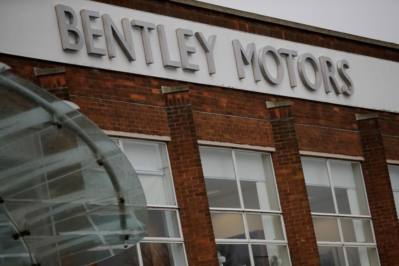 Bentley S Luxury Car Range To Be Fully Electric By 2030 Transport The Business Times